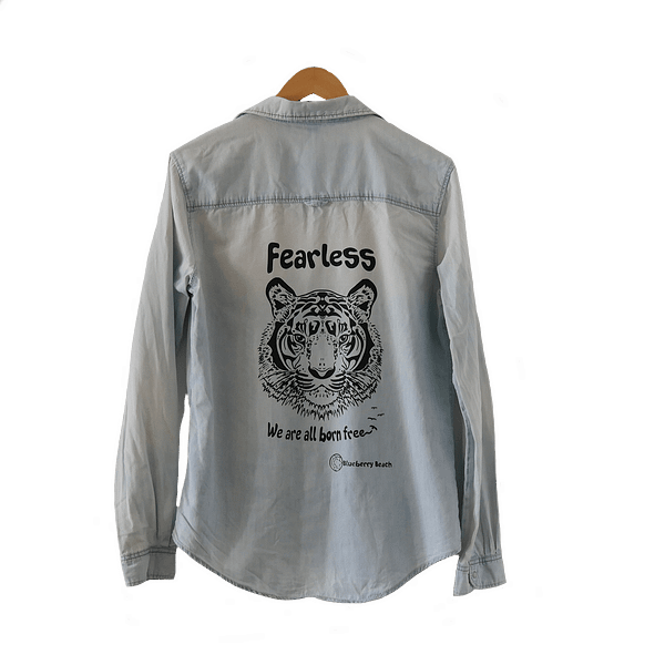 Vintage jeans shirt screen print tiger and fearless we are all born free on it